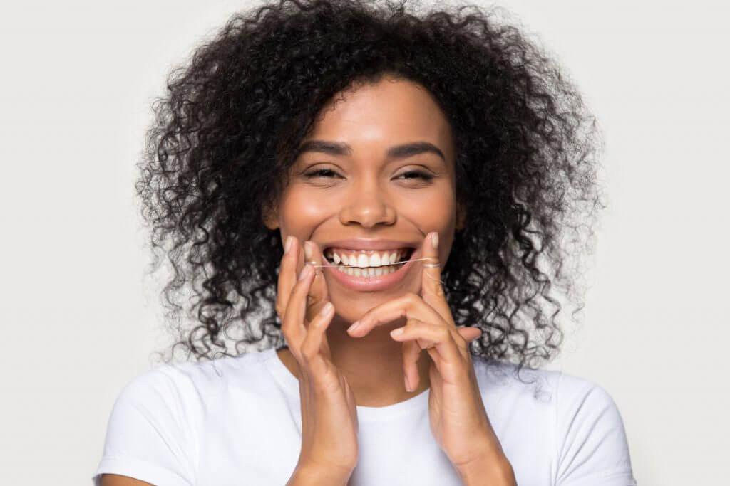 11 Tipps für gesunde und schöne Zähne - ein Leben lang