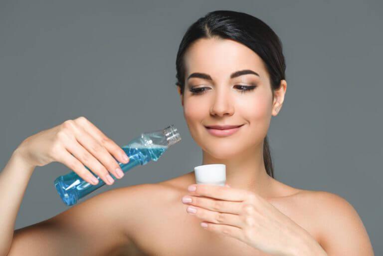 Diese 4 Hilfsmittel helfen dir bei der täglichen Mundhygiene