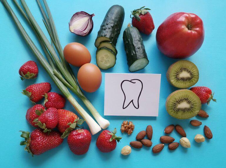 Lebensmittel-Ratgeber Die schlechtesten und besten Lebensmittel für deine Zähne