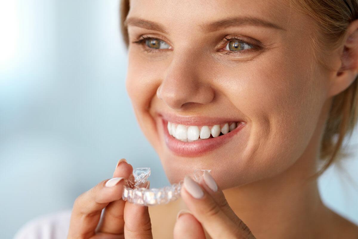 Risiken und Voraussetzungen fuer Zahnbleaching