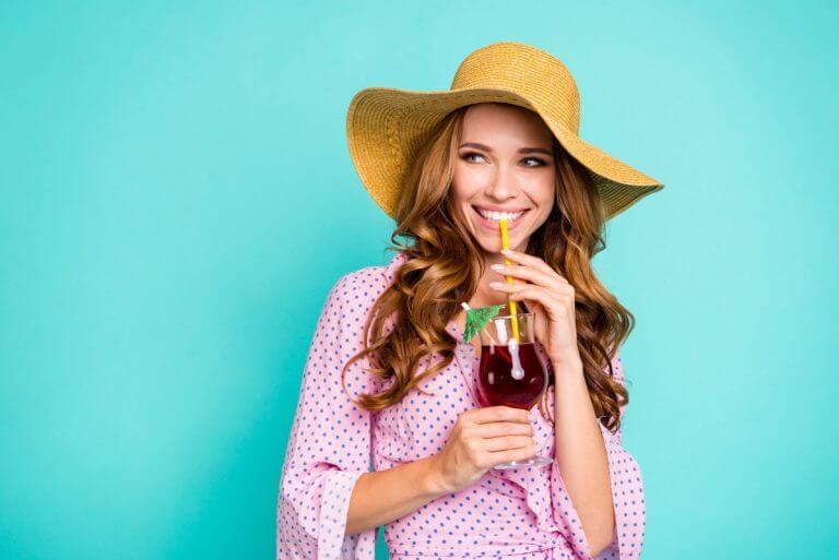 Von Demineralisation bis Zahnverlust Was Alkohol mit deinen Zähnen macht