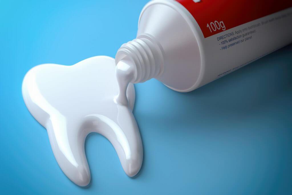 Wie wirksam ist Zahnpasta ohne Fluorid