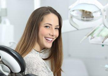 Professionelle Zahnaufhellung beim Zahnarzt